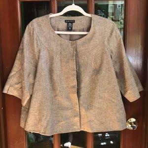 Brown tweed jacket.3/4 length sleeves.